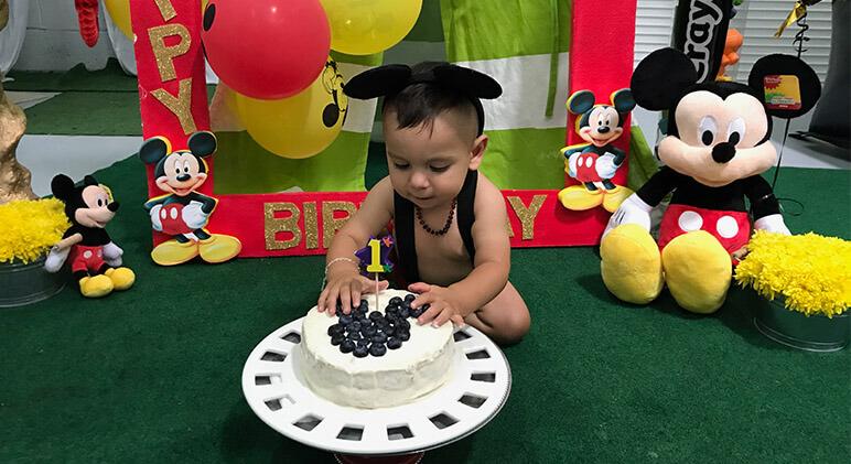 Fabulous First Birthday Mickey Mouse Cake Smash La Joly Vie Funny Birthday Cards Online Elaedamsfinfo